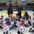 Jaký byl Týden hokeje u nás? Zábava na ledě a radost pro děti: opravdový hokejový dres jako dárek